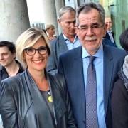 Nina Hoppe - Strategia. Politica. Media